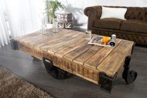 file0010389-houten-salon-tafel-met-grote-wielen